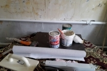 Как клеить обои на бетонные стены