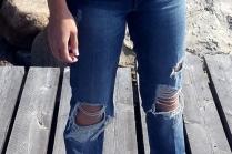 С чем носить джинсы бойфренды зимой?
