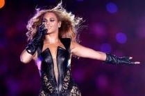 Певица Бейонсе возглавила рейтинг самых высокооплачиваемых девушек в музыкальном мире