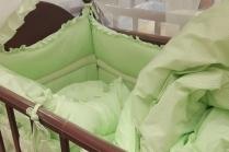 Как научить ребенка спать в своей кроватке