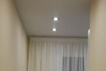 Дизайн потолков в зале из гипсокартона