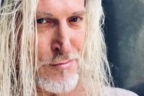 мужчина блондин