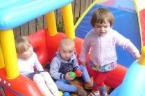 Дети на даче