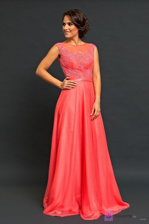 Коллекции вечерних платьев от известных дизайнеров